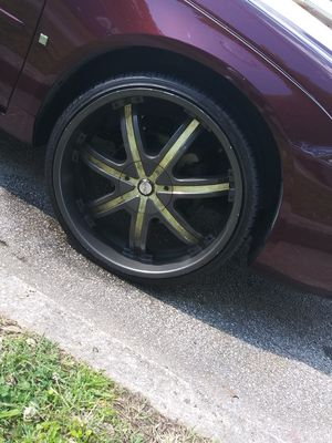 Photo Universal 22 inch rims $700 OBO 3 new tires on the rims
