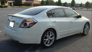 Photo Inspection wheels 2007 Nissan Altima Clean interior