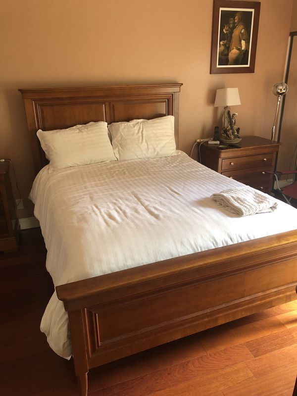 6abea1ec5827 Solid wood Bed Frame Nice Condition for Sale in Woodland Hills