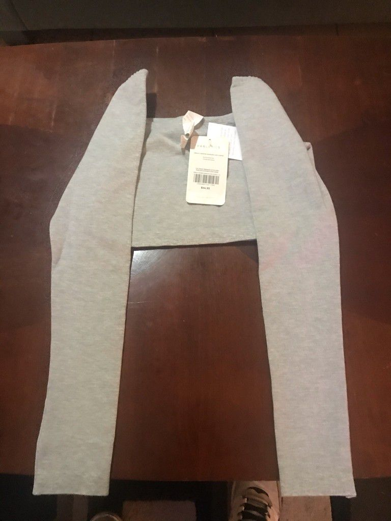 Brand New Fabletics Long Sleeve Cropped Seamless Long Sleeve Size Large