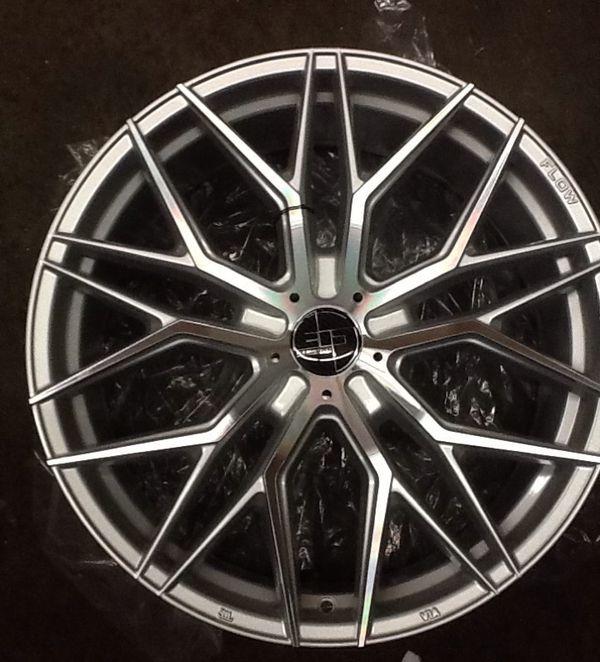 "20""staggerd Flo-form Light New Wheels (5 X 120) For Sale"