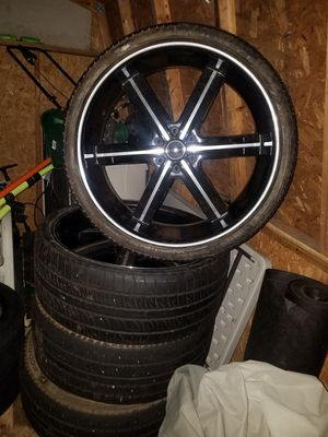 26 inch Elure rims with Pirelli tires for Sale in Fort Washington, MD