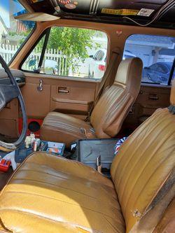 1988 Chevrolet Suburban Thumbnail
