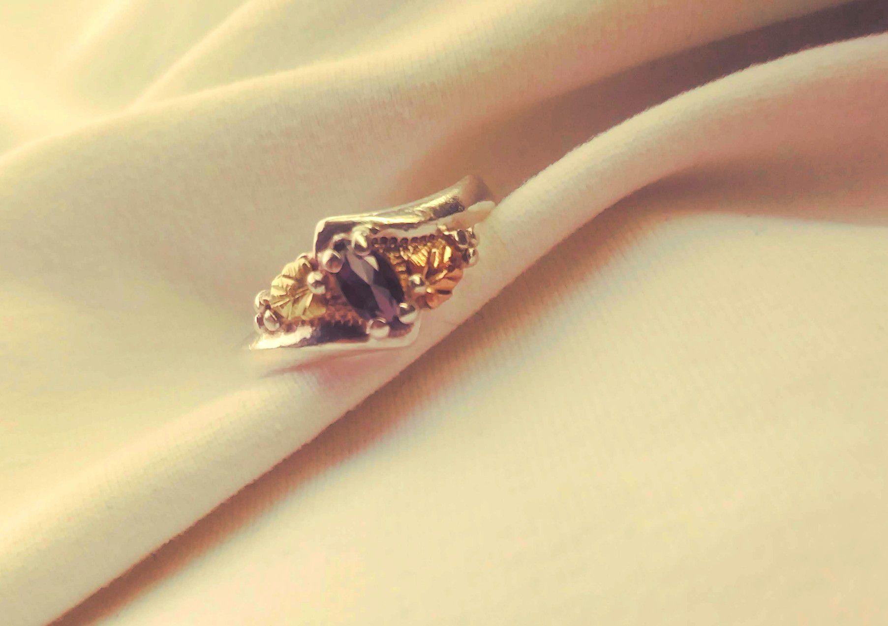Black hills silver / mystic fire ring