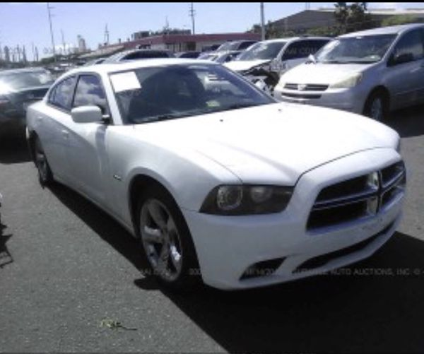 Dodge Charger Parts >> 2011 Dodge Charger R T 5 7 Hemi Parting Out For Parts For Sale In