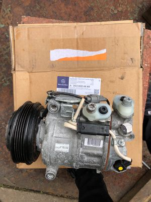 Mercedes Benz ac compressor part# A0038304460 for Sale in Bedford Park, IL