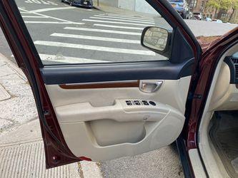 2009 Hyundai Santa FE Thumbnail