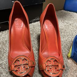 Tory Burtch Used Heels Size 6  Thumbnail