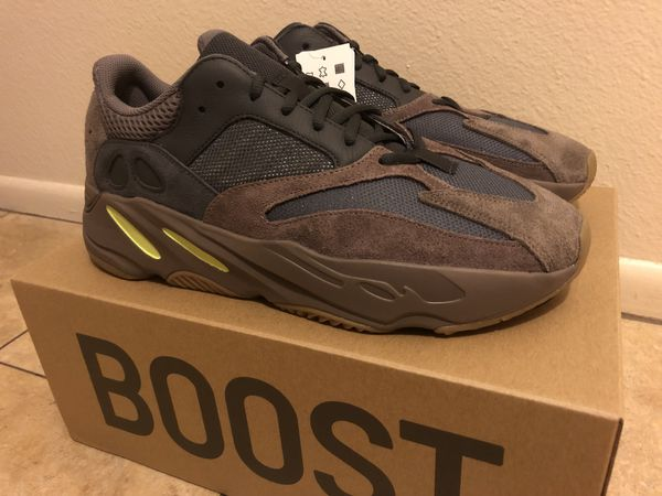 ce15a1ae5 Yeezy Boost 700 Mauve Size 12 (DS) with receipt.  335 for Sale in ...
