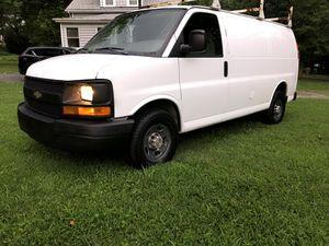 2007 chevy Express 2500 Cargo Van for Sale in Alexandria, VA