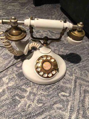 Vintage rotary phone for Sale in Atlanta, GA