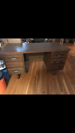Mid century desk for Sale in Manassas, VA