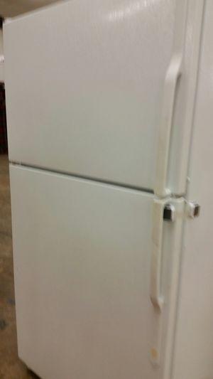 Refrigerator top freezer for Sale in Alexandria, VA
