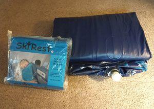Photo Air pillow and twin mattress