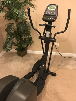 Diamondback 800 ER Elliptical Machine / Trainer - Great Condition for Sale in Haymarket, VA