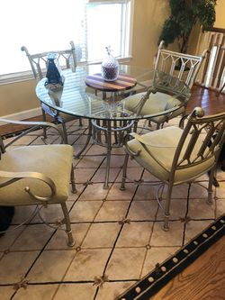 Kitchen table, bakers rack and side table Thumbnail