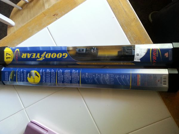 Goodyear Windshield Wipers >> Goodyear Windshield Wipers 17mm For Sale In Pittsburg Ca Offerup