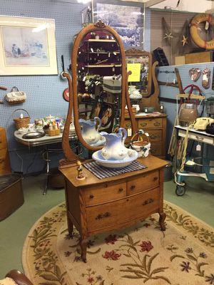 Antique Lowboy Tiger Oak Dresser for Sale in Alexandria, VA