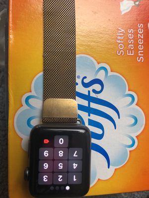 Apple Watch 42mm 2 series +Gold Band for Sale in Oxon Hill, MD