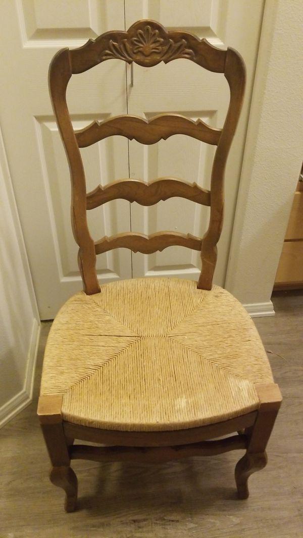 Antique wicker chair $50 - Antique Wicker Chair $50 For Sale In Edgewood, WA - OfferUp