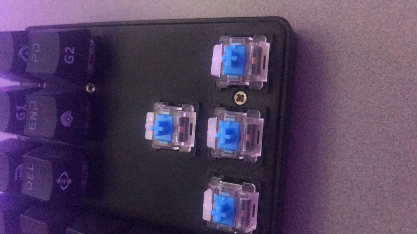 Drevo Cherry Mx blue 60% keyboard