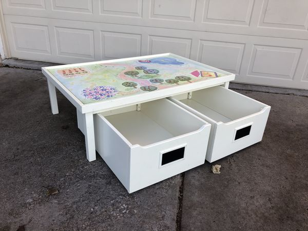 Beautiful Pottery Barn Kids Play Table For Sale In West
