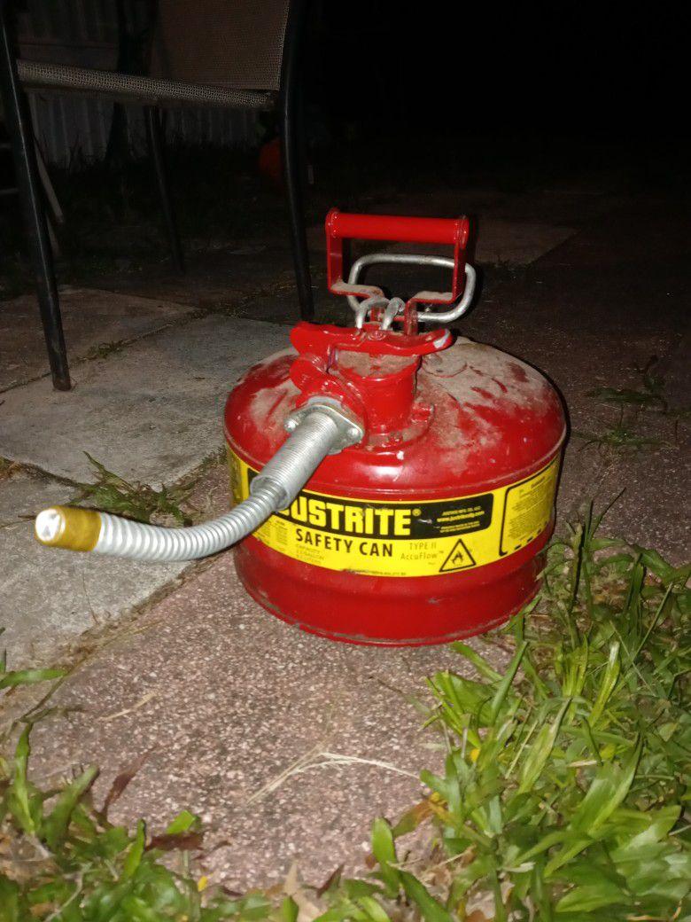 JUATRITE SAFTEY CAN GAS CAN 2.5 Gallon