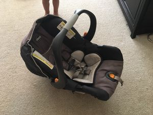 Chicco KeyFit 30 Infant Car Seat for Sale in Rockville, MD