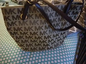 Michael Kors purse for Sale in Mebane, NC