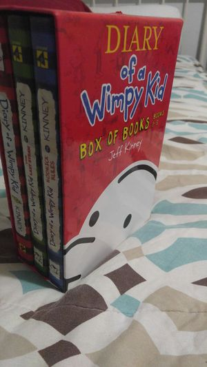 Diary of a wimpy kid kit like new for Sale in Springfield, VA