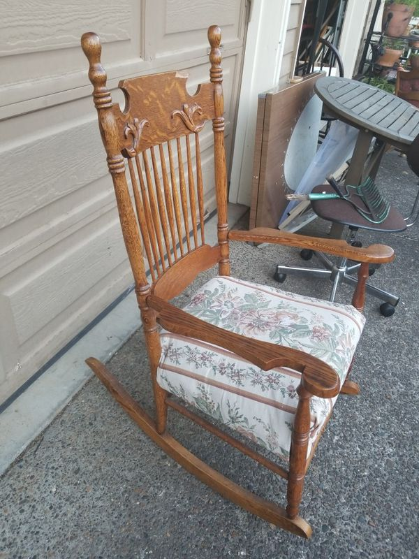 Vintage Rocking Chair For Sale In Beaverton Or Offerup