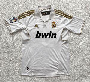Photo Zinedine Zidane Real Madrid Soccer Jersey - Brand New - Men's - Adidas Retro Vintage Home White La Liga Soccer Jersey - Size M and L