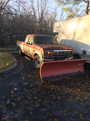 96 Ford 250 needs work and plow for Sale in Columbia, MD