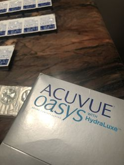 Acuvue Oasys 1-Day Contacts Thumbnail