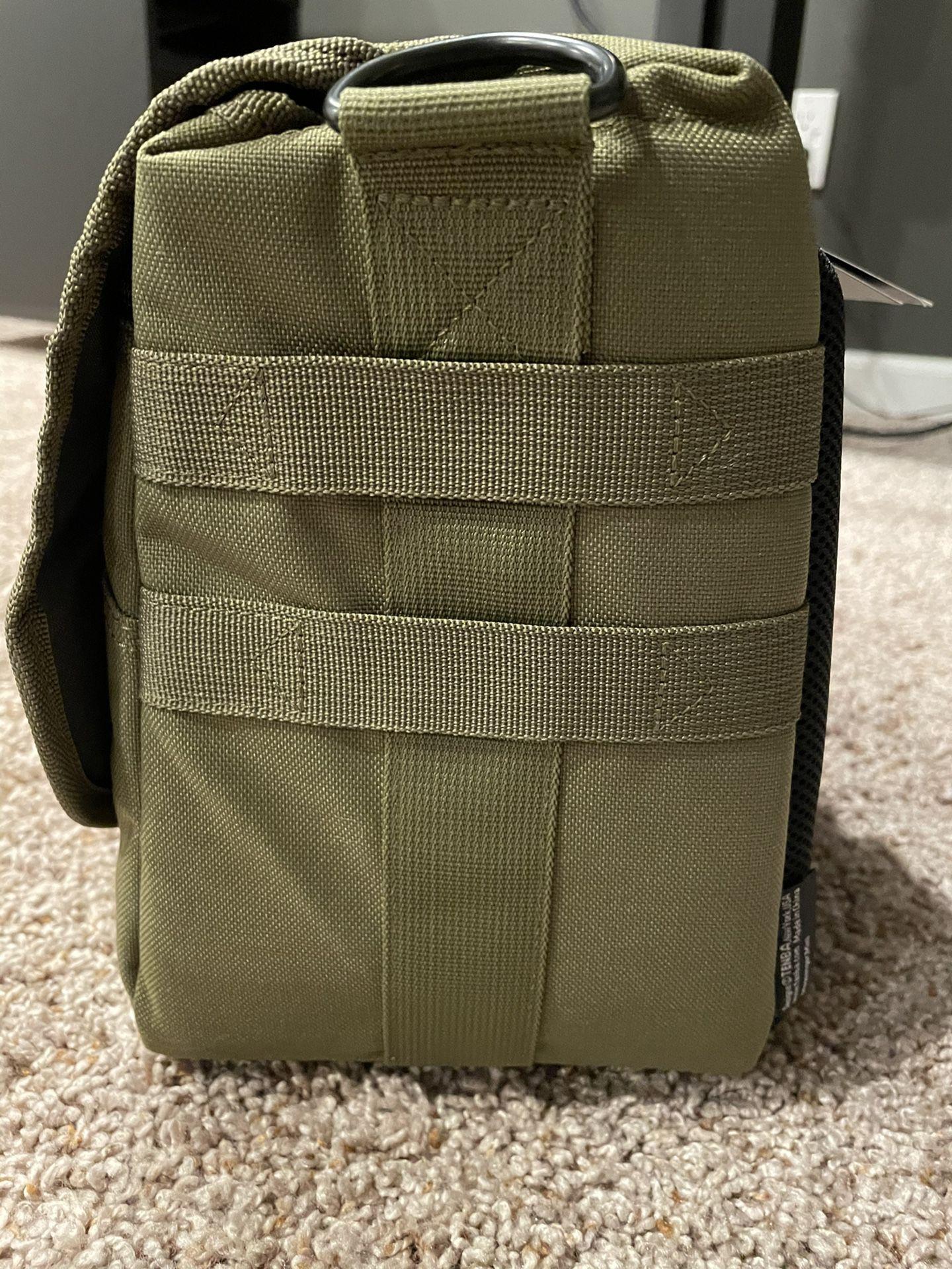 NEW Tenba mini messenger camera/laptop bag