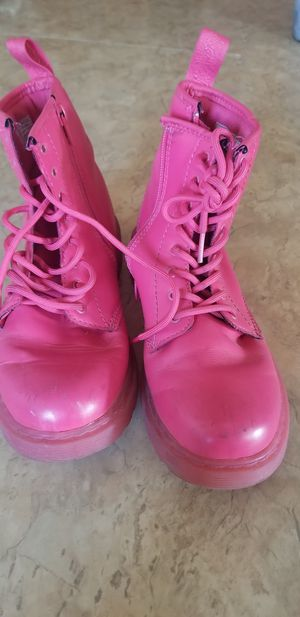 New and Used Pink boots for Sale in Long Beach, CA OfferUp