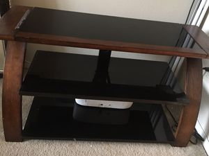 TV STAND ( excellent condition) for Sale in Glen Allen, VA