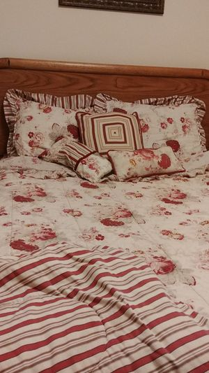Complete Waverly Floral drapes, comforter set, slipcover, shower curtain set for Sale in NO POTOMAC, MD