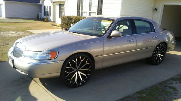 1999 Lincoln Town Car On 24s For Sale In Raleigh Nc Offerup