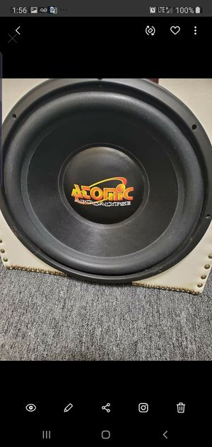 Photo ATOMIC APOCALYPSE 15INCH SUB IN A CUSTOM BOX ITS A BEAST