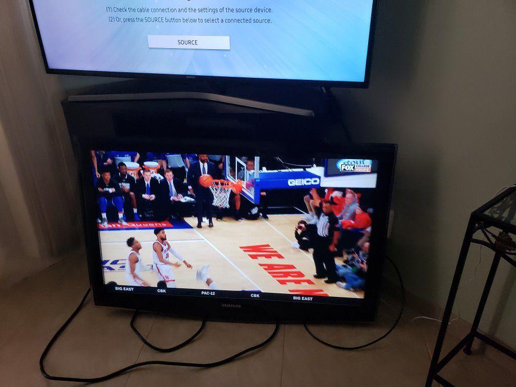"Samsung 40"" TV good"
