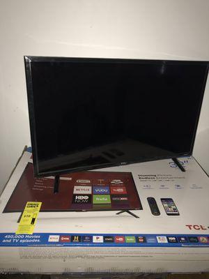 32 inch tv smart tv brand new for Sale in Nokesville, VA