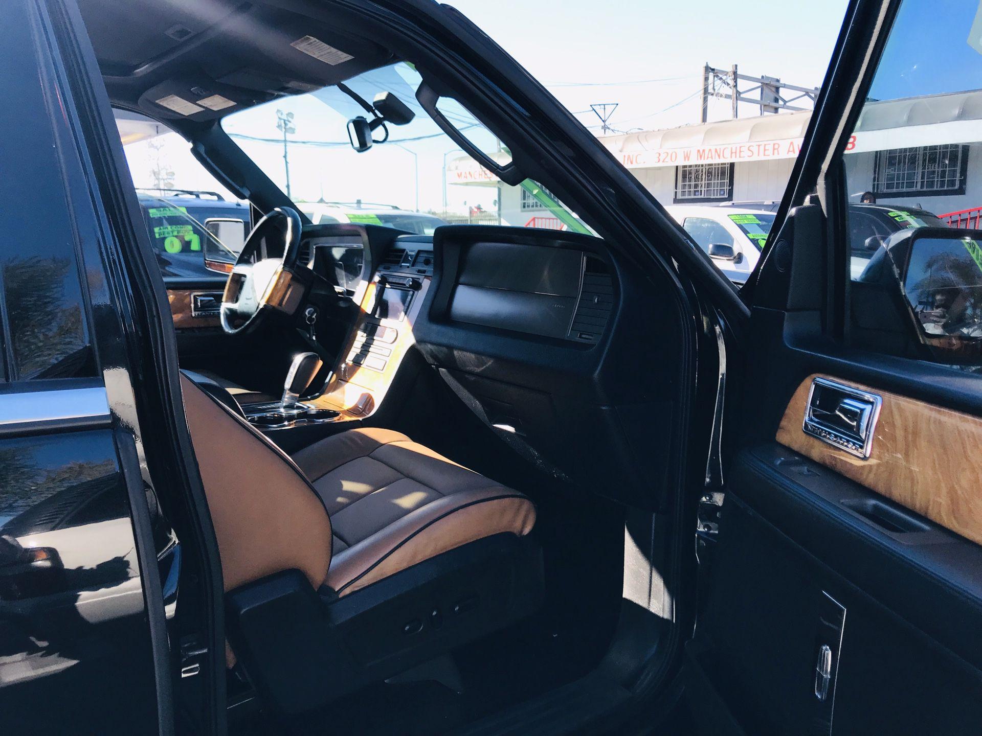 2011 Lincoln Navigator