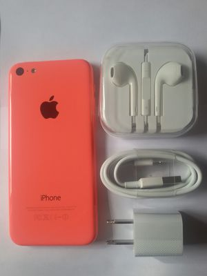 IPhone 5 c , 16GB, UNLOCKED,  Excellent Condition,  Clean IMEI,  No Issues, (Comes with Charger and Headphone) for Sale in Springfield, VA