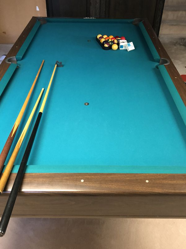 Huge Estate Sale Brunswick Montclair Pool Table Mint For Sale - Huge pool table