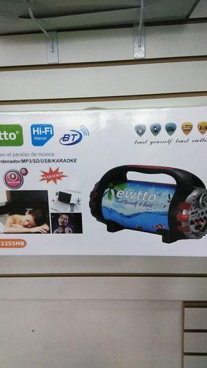 Boom box Bluetooth speaker for Sale in Orlando, FL