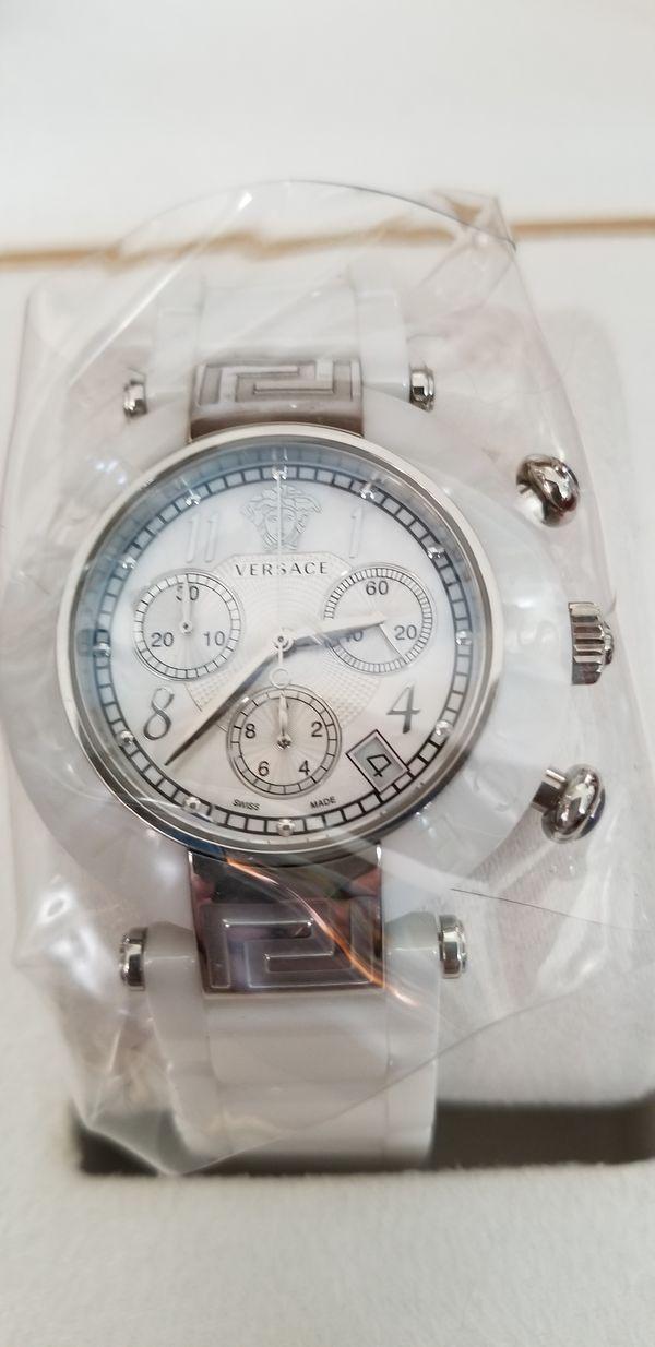 6e8f2b959 Versace Women's 95C CS1D497 Sc01 Reve Ceramic Bezel Chronograph Ceramic  Band White Watch