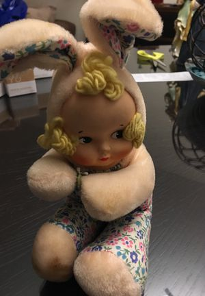 Antique Doll about 6 inches high. No markings for Sale in Hallandale Beach, FL
