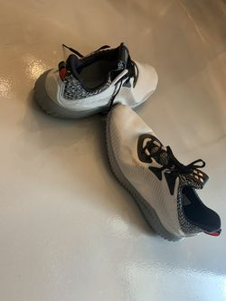 Adidas footwear shoes size 13 Thumbnail