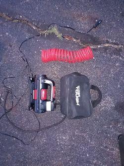 Hyper tough 12 volt compressor$25 Thumbnail